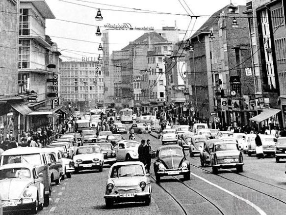 Hindenburgstraße als Hauptverkehrsstraße