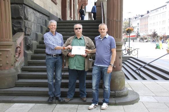 J. Mülders (links), D. Neuß (Mitte), D. Rheydt (rechts)